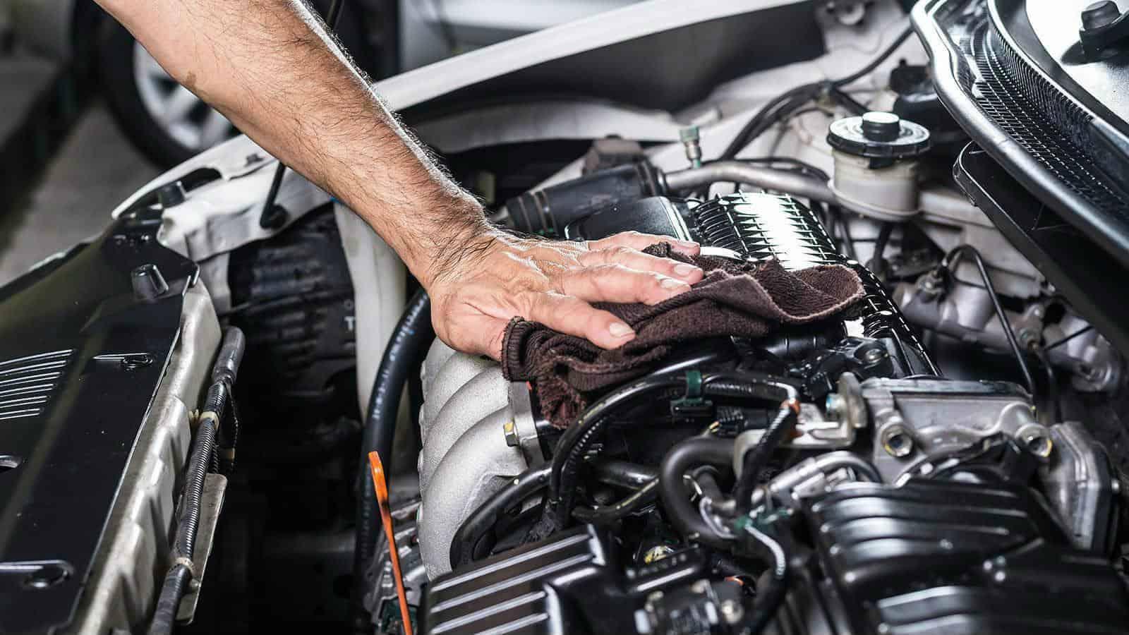 πλύσιμο κινητήρα αυτοκινήτου