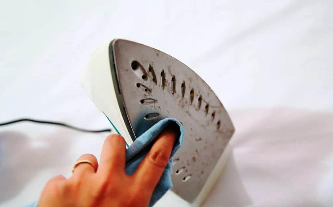πως να καθαρίσω το σίδερο