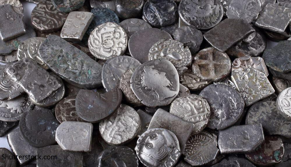 πως καθαρίζουμε παλιά νομίσματα