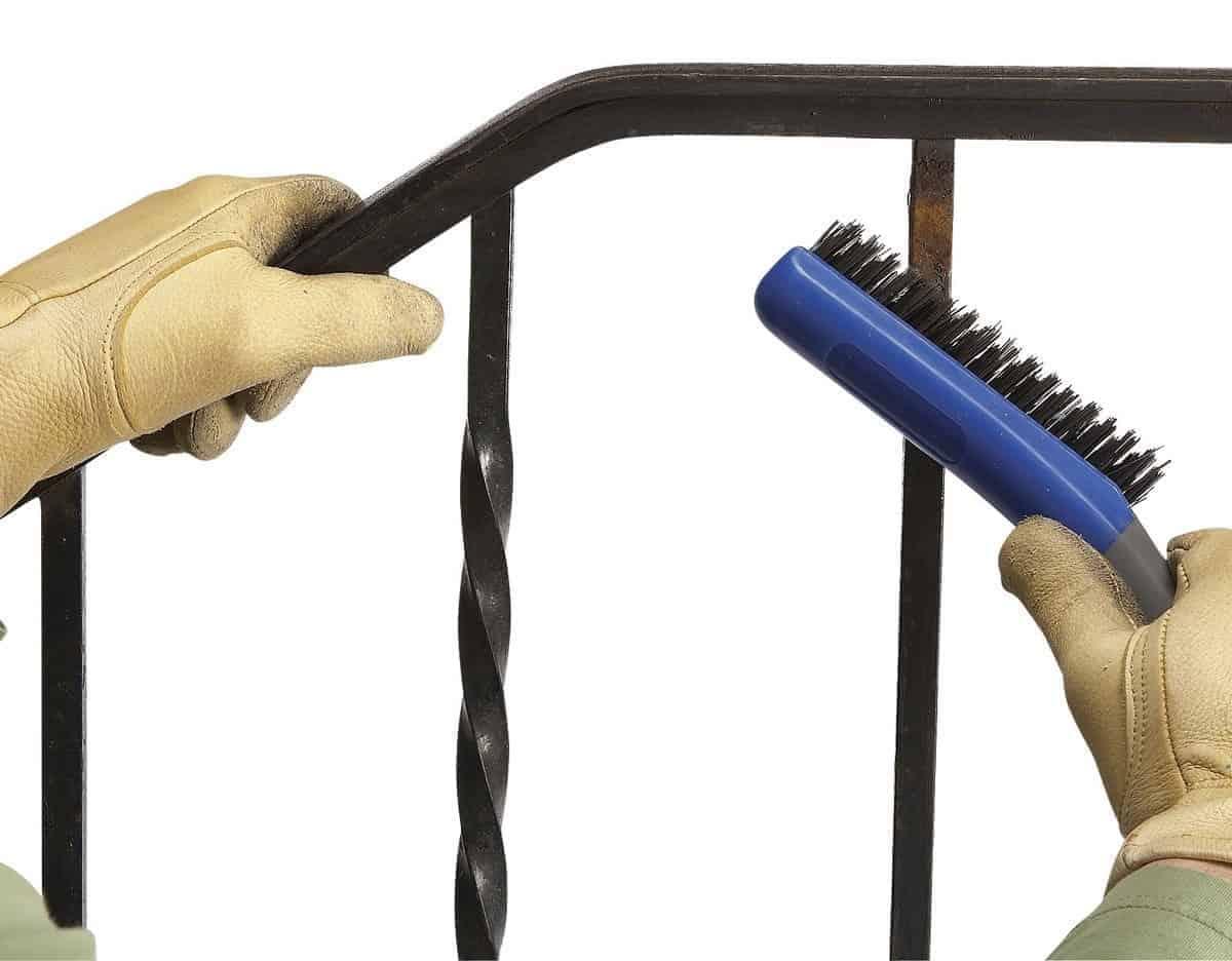 αφαίρεση σκουριάς από μέταλλο
